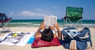 13_Learning_English_at_the_Beach
